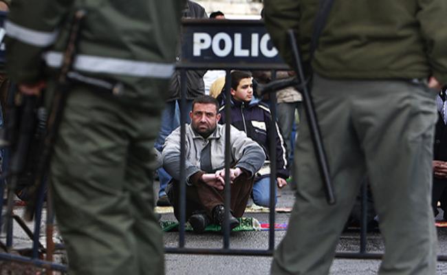 Polizia israeliana arresta 600 lavoratori palestinesi