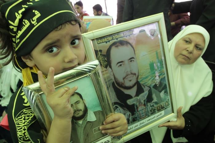 Giornata dei prigionieri palestinesi, tra sofferenza e violazioni israeliane.