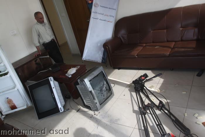 Attacchi ai media: il ministro dell'Interno incontra i giornalisti di Gaza.
