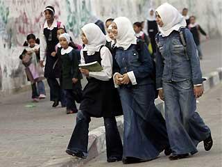 L'Apartheid israeliano coinvolge anche il sistema scolastico: gravi carenze nelle scuole palestinesi a Gerusalemme.