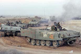 Incursione dell'artiglieria a Gaza. Feriti due soldati israeliani