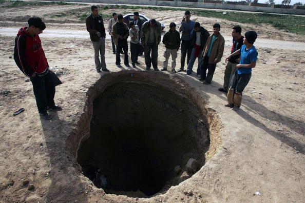 Quattro palestinesi perdono la vita nel crollo di un tunnel