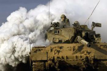 Striscia di Gaza: incursioni israeliane da terra. Attaccati anche i pescherecci palestinesi